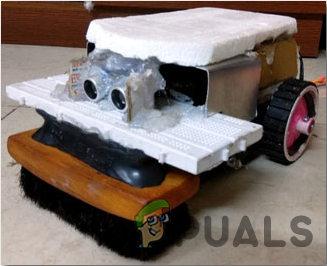 Как сделать робот для чистки пола с помощью ультразвукового датчика?